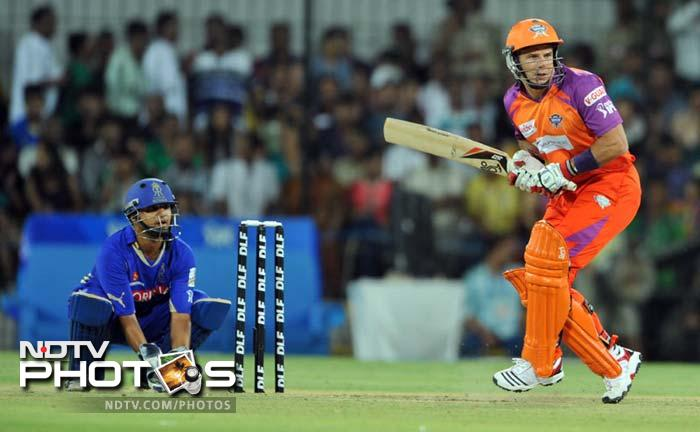 <b>6 </b>No of batsmen who failed to open their account in Kochi Tuskers Kerala's innings against Deccan Chargers at Kochi in 2011. Ishant Sharma accounted for four of them.