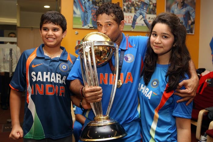 Sachin Tendulkar with his son Arjun (L) and daughter Sara after India won the World Cup.