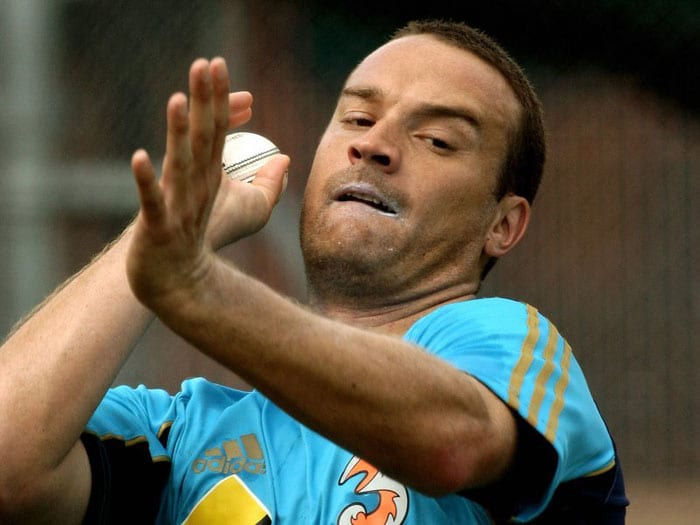 <b>Stuart Clark</b>, Aussie bowler, who recently bid goodbye to his playing days is called Sarfraz as his bowling style reminds teammates of former Pakistani paceman Sarfraz Nawaz. (Text Courtesy: <a href='http://www.mid-day.com' target='_blank'>Mid-Day.com</a>)