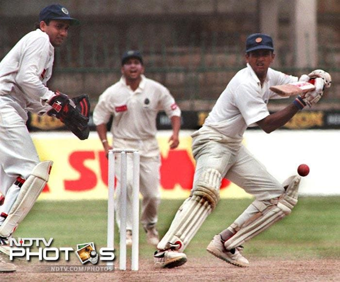 Former Sri Lankan batsman Roshan Mahanama used to chant a 'mantra' and kiss the tip of his bat's handle before every ball.