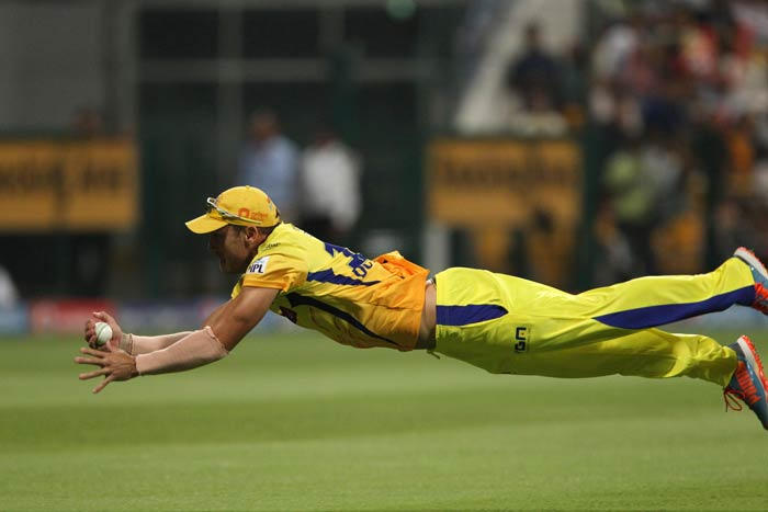 Murali Vijay (11) and Manoj Tiwary too did not help their side's cause as they departed in the next two overs. While Faf du Plesis pulled off a stunner to sent packing Vijay off Mohit Sharma's bowling, the South African pounced on another skier in Pandey's next over to remove Tiwary.