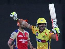 Photo : RP Singh's blunder, Jadeja's grit takes Chennai home against Bangalore