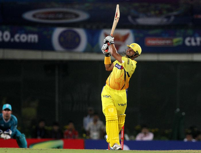 After Murali Vijay's departure, Suresh Raina entertained the Ranchi crowd with some fabulous sixes and scored quickly. He got out for 23.