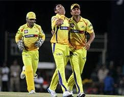 Photo : CLT20 2013: Mike Hussey takes Chennai Super Kings to semifinals