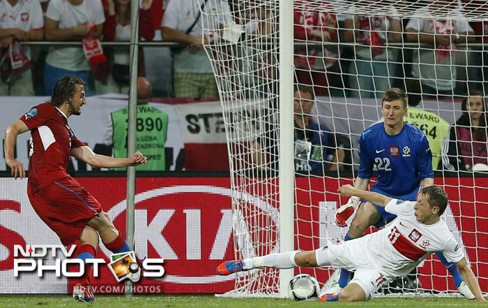 The Czechs countered three on three and Jiracek exchanged passes with Milan Baros before turning inside and slipping the ball under goalkeeper Przemyslaw Tyton.