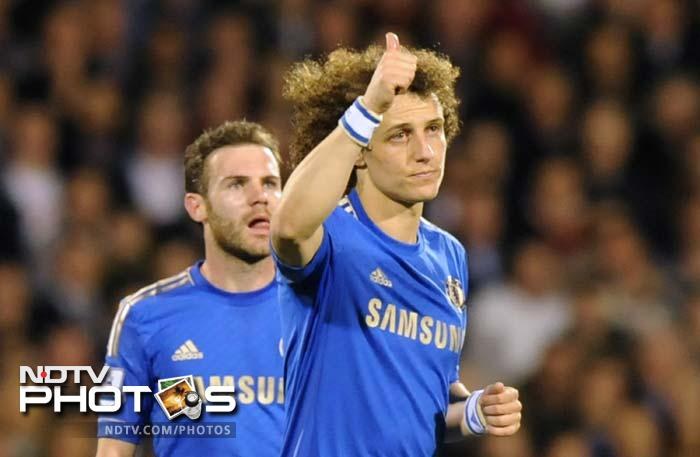 Brazilian defender David Luiz marked his 100th Chelsea appearance by opening the scoring in the 30th minute against Fulham with a superb long-range strike.