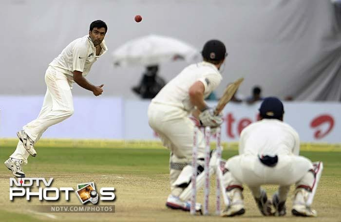 Ashwin soon took over and struck with his first delivery of the day. He removed Martin Guptill and followed it up with the wickets of Ross Taylor and Daniel Flynn. The visitors finally ending the day with 139 required to avoid follow-on.