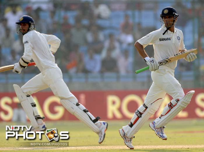 Rahul Dravid and Ishant Sharma added 49 for the eighth wicket, taking India's score past 200.