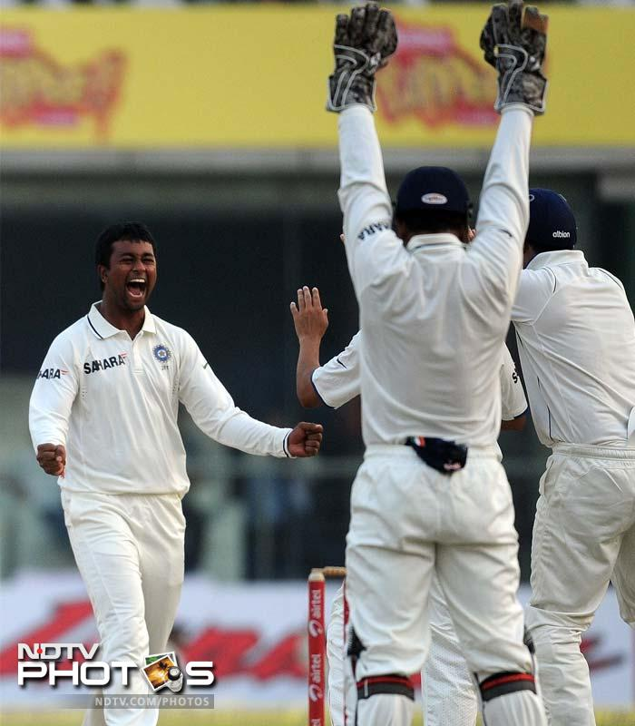 Kraigg Brathwaite fell lbw to Pragyan Ojha in the last over of the day, making it 17 wickets for the day and setting up a delicious finish to the match.