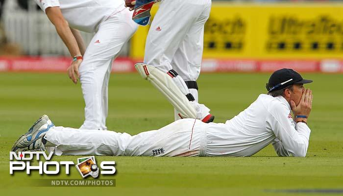 Though the bowling was immaculate, England did suffer from the rare dropped catches as Dravid was put down by Graeme Swann early in his innings.
