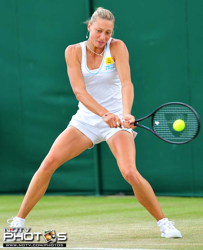 Belgian Yanina Wickmayer made a fantastic comeback after losing the first set to progress to the 4th round at the cost of Svetlana Kuznetsova. (AFP Photo)