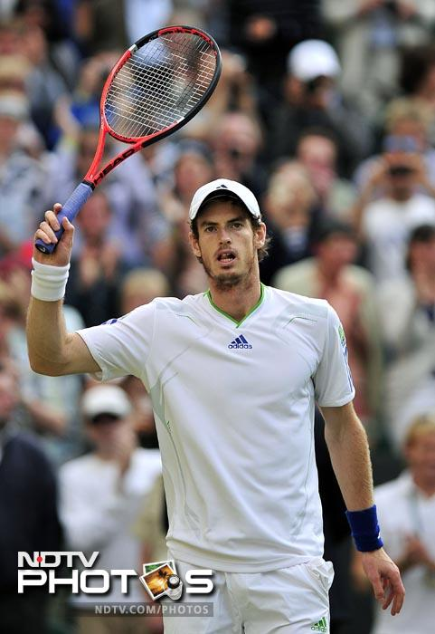 Andy Murray kept the British hopes alive by making it to the semi-finals for the 3rd straight year. (AFP Photo)