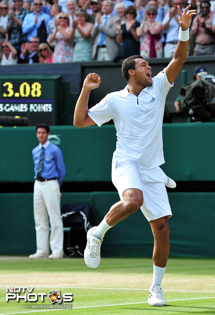 Tsonga's expressions after the win said it all. He had 63 winners in the match, five more than Federer. (AFP Photo)