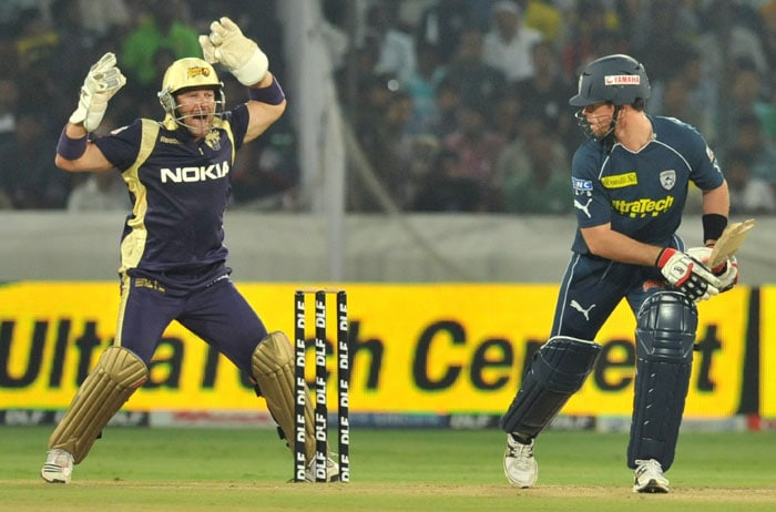 Kolkata Knight Riders wicketkeeper Mark Boucher (L) appeals succesfully for an lbw dimissal of Daniel Trevor Christian (R) of Deccan Chargers during the IPL Twenty20 match at the Rajiv Gandhi International Stadium in Hyderabad. (AFP PHOTO)