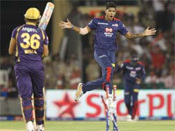 Photo : Delhi claim third win, defeat Kolkata