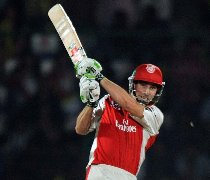 It was then that Shaun Marsh decided to anchor the innings and lead the fightback. He shredded the bowling attack much like what was seen in the first half of the match.