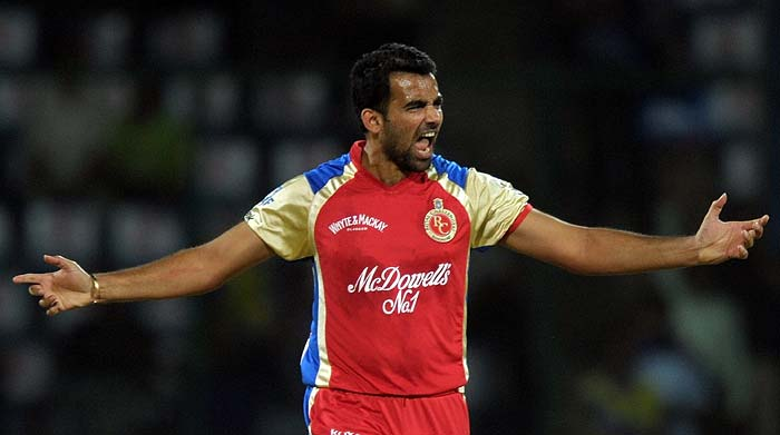 Zaheer Khan found success early on though and sent back Warner in the fifth over to draw first blood for the visitors.