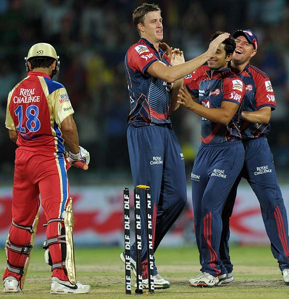 The match though turned on its head once Morne Morkel bowled Virat Kohli and returned to remove Abhimanyu Mithun.