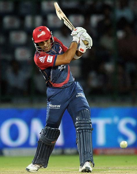 Two hits beyond the ropes from Naman Ojha eventually took the Daredevils to a defend-able total of 160 runs.