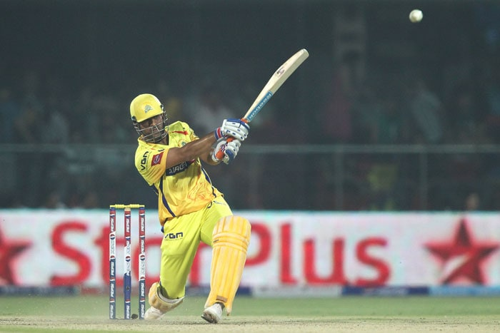 Michael Hussey (65 off 50) and skipper MS Dhoni (44 off 23 balls) propelled Chennai Super Kings to 169/4 against Delhi Daredevils in the 24th match of the IPL 2013 being played in Delhi.<br> A crucial drop by Ajit Agarkar of skipper Dhoni, cost Delhi 27 runs as the Chennai batsman hit 5 fours and a huge six in his innings. (BCCI Image)