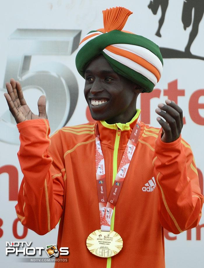 Kenya dominated the men's elite field as Kipyego's compatriots Leonard Langat and Silas Kipruto finished second and third respectively.