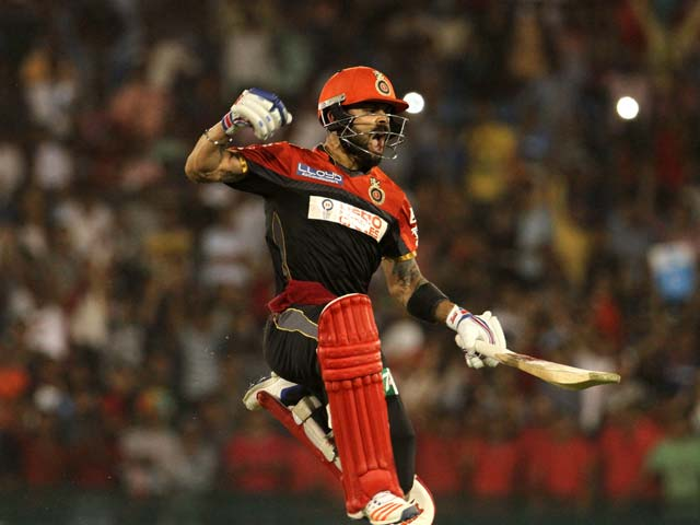 Photo : IPL9: सुपरमैन कोहली का धमाल, अपनी टीम बैंगलोर को प्लेऑफ में पहुंचाया