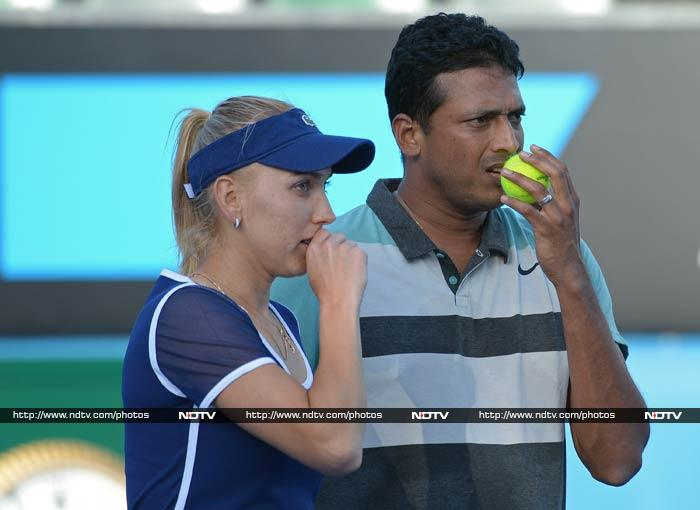 Mahesh Bhupathi and Elena Vesnina also entered the second round of the mixed doubles category.