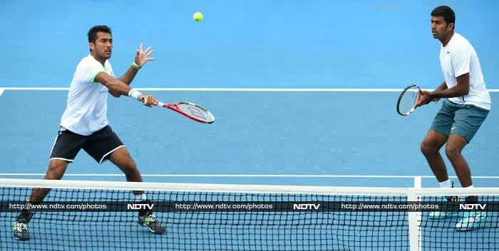 The seventh seeded pair of India's Rohan Bopanna and his Pakistani partner Aisam-Ul-Haq Qureshi endured a shocking defeat against the 12th seeded duo of Treat Huey and Dominic Inglot to crash out of the men's doubles event.