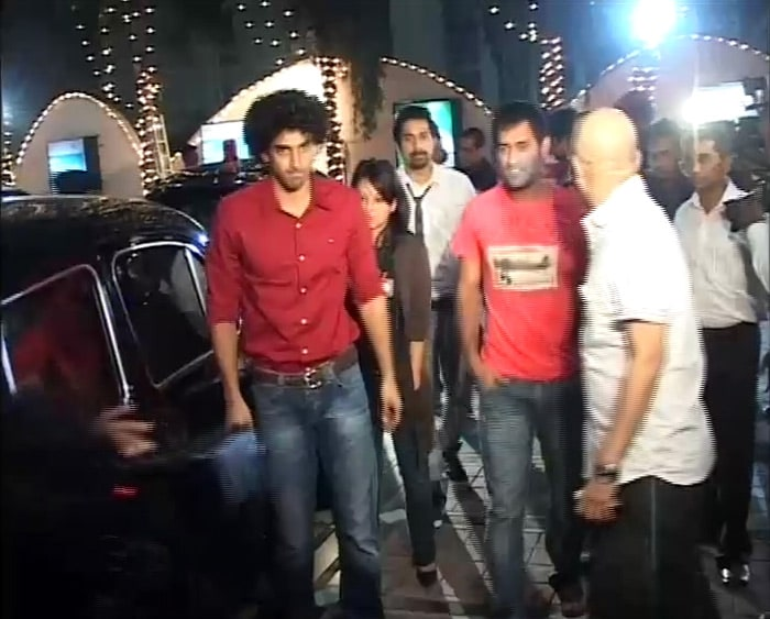 MS Dhoni and his wife Sakshi visited a multiplex in the city to watch Action Replayy alongwith Aditya Roy Kapoor and Ranvijay Singh.