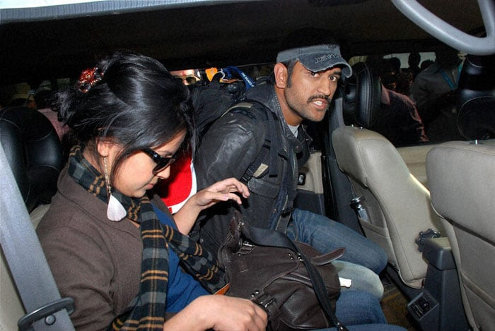 One of the Jaguar personnel, Guddu Kumar asked him why he didn't bring his wife Sakshi, he said he would bring her next time. Later the captain moved to the HEC International Cricket Stadium to watch the ongoing Ranji League match. Excited and enthusiastic. (PTI Photo)