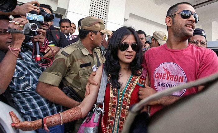 After his arrival in Ranchi, Dhoni once again dodged the media when he and his wife boarded a bacon-fitted car from the Tarmac and left the airport while cameramen ran from one gate to another.