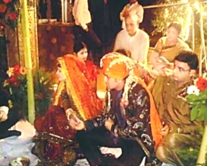 The marriage ceremony was held according to<i> Kumaoni </i>customs.