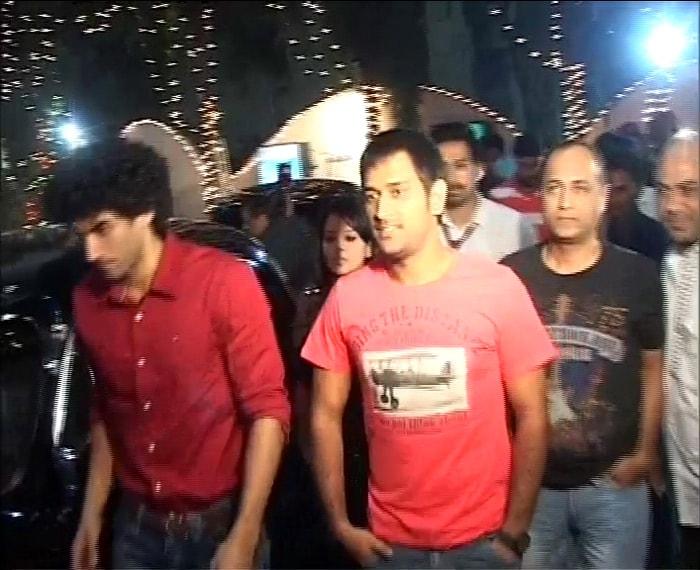 Director of Action Replayy Vipul Shah follows Dhoni and Aditya Roy Kapoor.