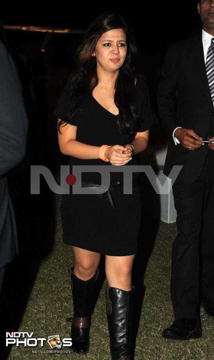 Speaking of love, Dhoni has another. <br><br>Sakshi Dhoni was at the event too, with her husband. She looked her usual self - extremely smart, in a LBD! <br><br>Photo: Milind Shelte