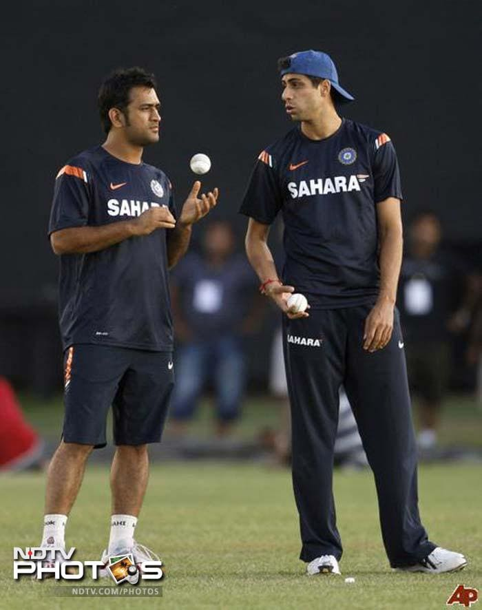 """First up: Ashish Nehra. He summed his opinion of Mahi in the simplest yet most effective way. """"Great leader,"""" he said!!"""