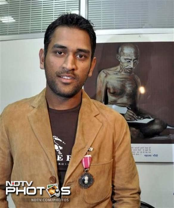 In 2009, our Captain Cool won Padma Shri, India's fourth highest civilian honour.