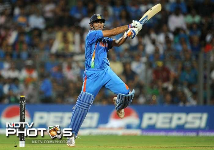 MS Dhoni is the fastest wicketkeeper batsman to complete 6000 runs in ODIs. He needed 166 innings to achieve the feat. Currently he has 6497 runs in 196 ODIs. Sourav Ganguly is the fastest Indian to get to the 6000-run mark, while Sir Viv Richards tops the overall list.