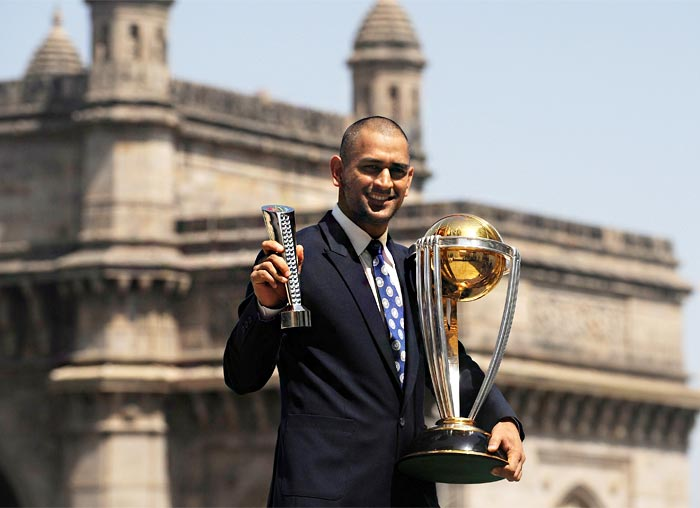 Known for his sound head that lies beneath his often quirky hairstyles, M S Dhoni has just shaved his head.<br><br>Dhoni has always been the trendsetter and his hairstyles have always been a rage with the fans.<br><br>When he supported long locks, even the former Pak President Pervez Musharraf had complimented him on his look.<br><br>Now that Dhoni has gone bald, let us wait and watch as to how many people emulate this look of Captain Cool. (AFP Photo)