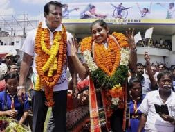Dipa Karmakar Gets Grand Reception After Arriving in India From Rio Olympics