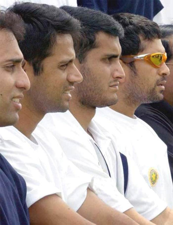 He however, soon joined ranks with fellow greats like VVS Laxman, Sourav Ganguly and Sachin tendulkar to usher India into a new age of fierce and solid cricket. Dravid's main weapon was his solid technique with the bat.