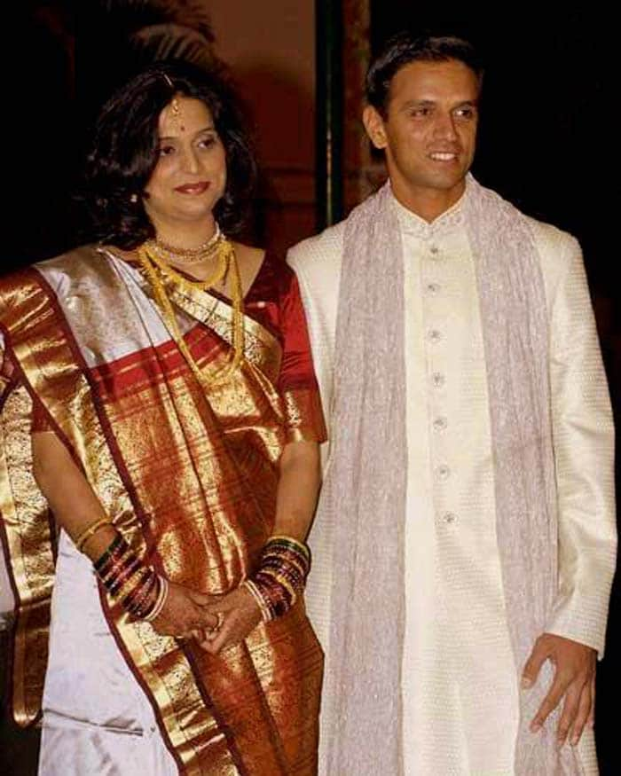 Considered the heartthrob of the entire country, Dravid chose to break many when he married Vijeta Pendharkar, a surgeon from Nagpur in 2003.