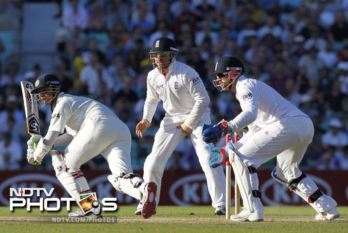 During the fourth Test, Dravid was again ruled caught-behind during India's second innings even though the snickometer showed that there was no contact between the ball and bat before it landed into England wicketkeeper Matt Prior's gloves.