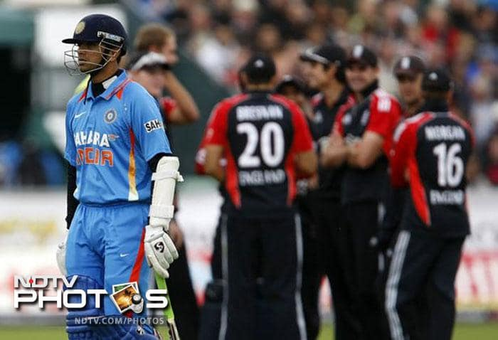It happened during the first ODI against England at Chester-le-Street. England paceman Stuart Broad appealed for a catch behind the wicket off his own bowling in the 18th over, but umpire Billy Doctrove ruled not out. Broad opted for a review. Third umpire Marais Erasmus took the help of Hot Spot. Despite several replays, the edge off Dravid's bat could not be established. However, snickometer, which is not part of the UDRS, later suggested that there was some contact between the ball and the bat, as there was a definite sound. Fans and players assumed the not-out decision by Doctrove would stand. But, much to the visible shock of the fans and the batsman, Erasmus ruled Dravid out.