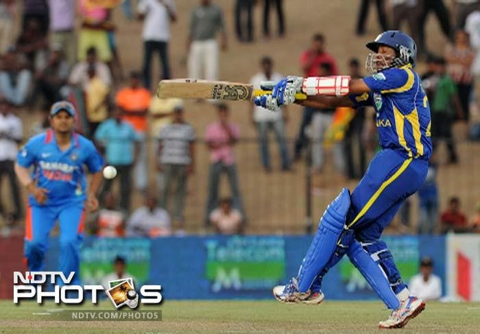 Dilshan was in a punishing mood and his swashbuckling innings helped Sri Lanka seal victory in the twentieth over.