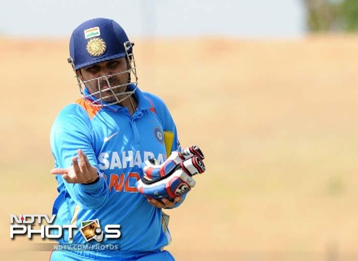 India were pegged back early on as they lost Virender Sehwag cheaply to give Sri Lanka the early breakthrough.