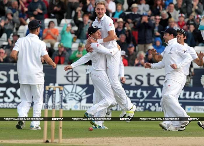 Stuart Broad led the England fightback with 6 for 50 as the Aussies collapsed to 224 to give England victory and a series win.
