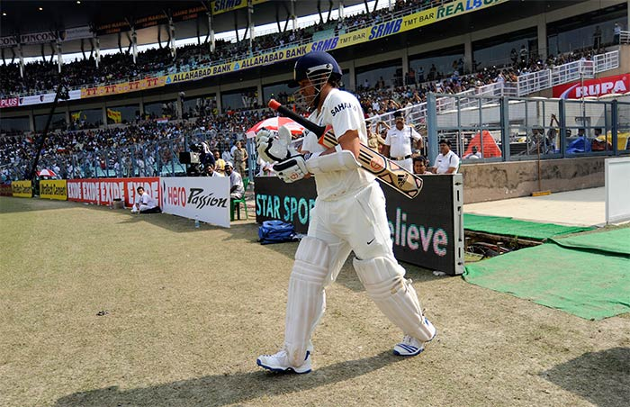 After Murali Vijay was out stumped, the Eden Gardens crowd gave a rapturous welcome to Master Blaster Sachin Tendulkar, who came out to bat for the first time in his 199th Test. Image courtesy: BCCI