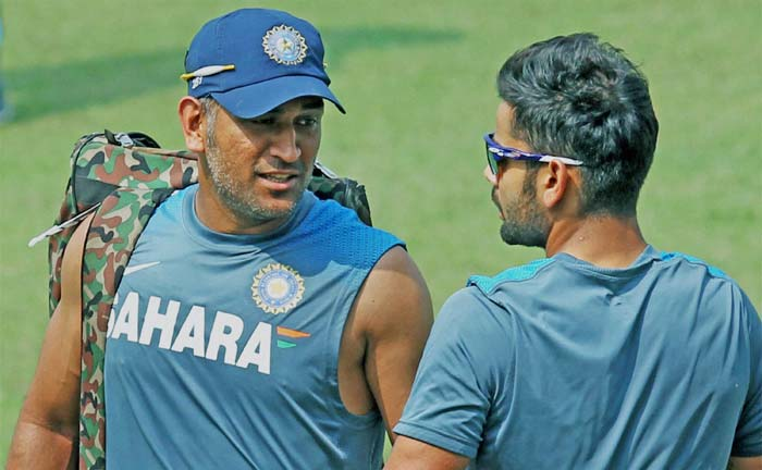 Here is Dhoni chitchatting with Kohli ahead of the first Test between India and the West Indies at Eden Gardens, Kolkata.