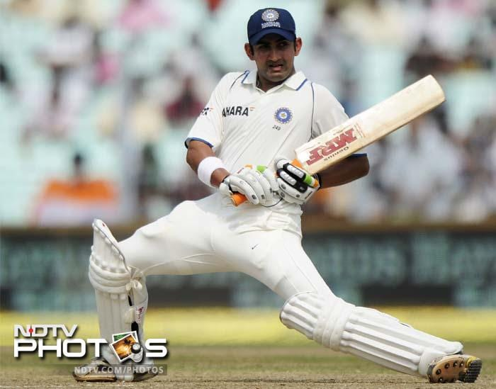 Earlier in the day, Gautam Gambhir and Virender Sehwag had given India a firm start. The duo put on 66 for the 1st wicket.