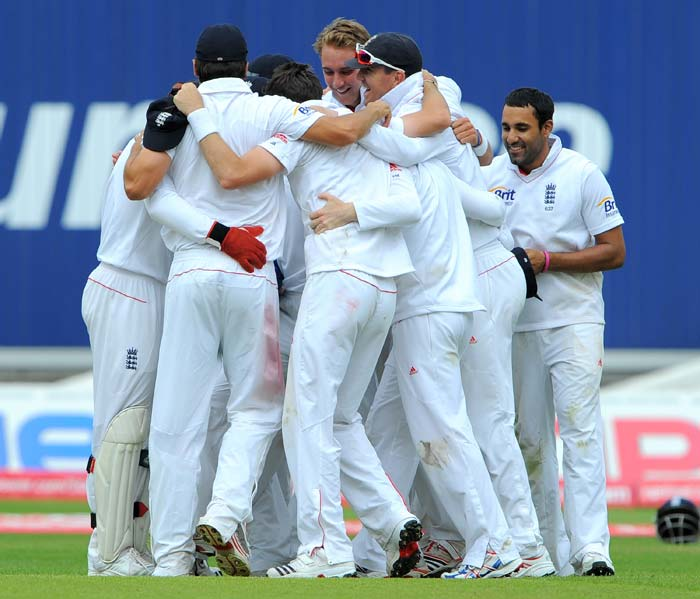These are not ordinary men. They are part of the new Number 1 Test team in cricket. A win by an innings and 242 runs against India gave England the series and the rank at Edgbaston. A look: (AP and AFP images)